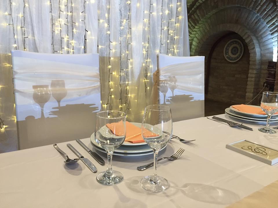 DJ Fido - Esküvői DJ Szolgáltatás, szertartáshangosítás, szárazjég effekt a nyitótánchoz